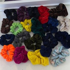 22 PACK variety pack of scrunchies